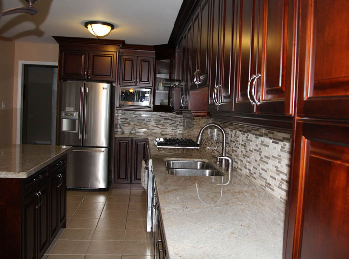 Solid wood maple kitchen cabinets