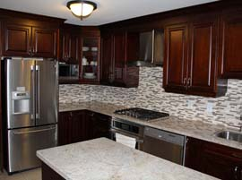 "Solid wood custom kitchen cabinets <a href=""dark-cherry-solid-wood-kitchen-mississauga.html"">Click here to view this kitchen project</a>"